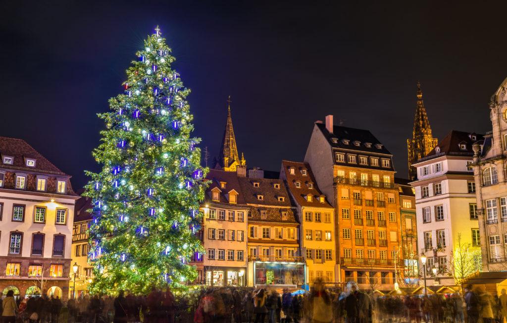 Sapin de Noël magistral Place Kléber à Strasbourg